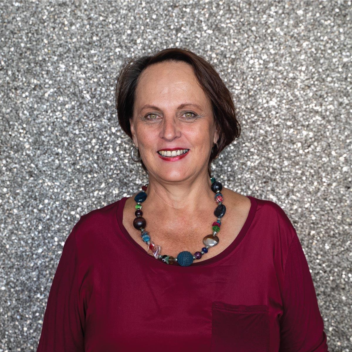 <h3>Tersia Kleu<br><b>Conveyancing <br />Secretary<br>